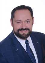 Mgr. art. Otokar Klein - primátor mesta NOVÉ ZÁMKY