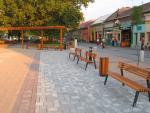 Výstavba pešej zóny v Štúrove